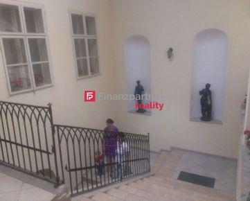 2-izb. podkrovný krásny byt v pešej zóne v Prešove (F024-212-ANM)