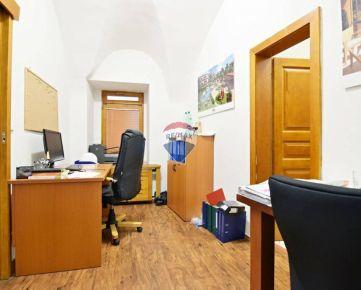 Exkluzívne kancelárske priestory, 48 m2 v centre Košíc, ul. Kováčska