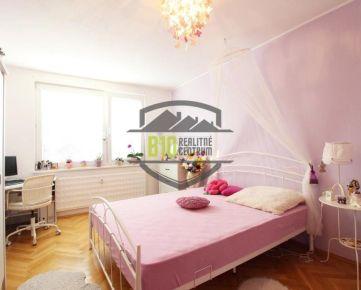 4i byt s 4 samostatnými izba - Chrenová