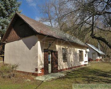 Chalupa na polosamote pri obci Medzev.