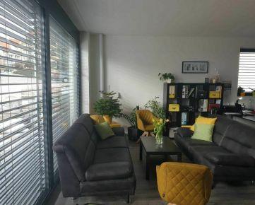 Kúpa rodinný dom v obci Jasenie , Predajná  a blízke okolie