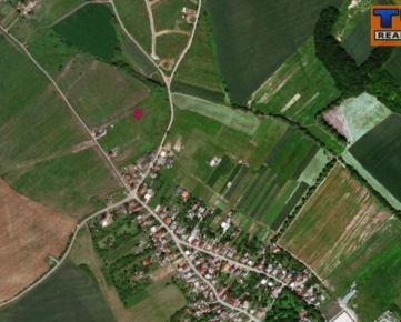STAVEBNÝ POZEMOK - ŽUPČANY, Rozmery: 20x42m = 840 m2, asfaltová cesta,IS: el., voda, kanalizácia, optika... CENA: 43 000,00 EUR