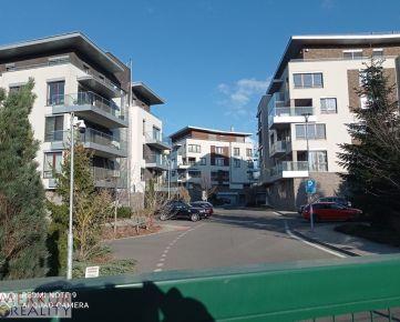 Neplatíte províziu !!!Prenájom 2 izbová novostavba Staré mesto - Horský park,  mestské vily Hriňovská, zariadený parkovanie, terasa, 65 m2