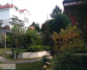 Prenájom časť luxusnej rodinnej vily Palisády na podnikanie ako sídlo firmy, parkovanie, veľká záhrada, terasa
