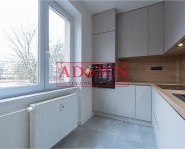 predám 4-izb.byt, 69m2 + 6m2 balkón, ulica Krakovská, Košice - Juh