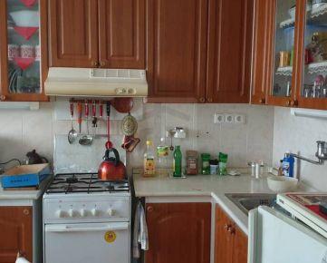 Direct Real - Ponúkame na prenájom 4 izb. byt na Nováckeho ulici v Karlovej Vsi