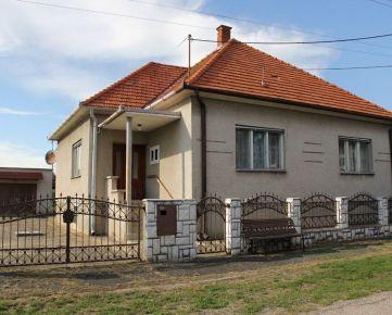 Predaj rodinného domu so stavebným pozemkom v obci Žitavany, okres Zlaté Moravce