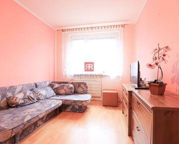 HERRYS - Na prenájom priestranný 4 izbový byt v Petržalke