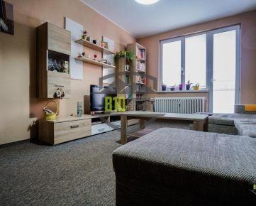Na predaj  2iz byt- PÁROVCE - balkón - výťah