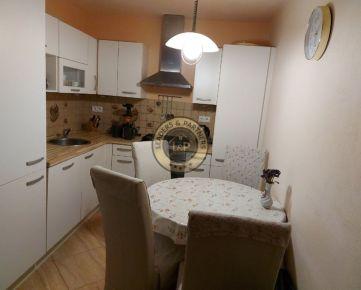 Ponúkame na predaj 2-izbový byt v Trnave s loggiou