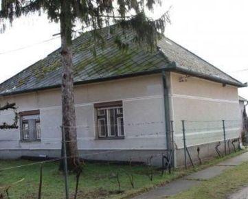 REZERVOVANÉ - 4 - izbový rodinný dom v obci Imeľ