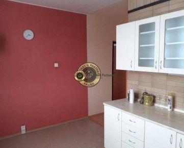 Predám 4 izbový byt - Prešov - Sibírska - Sekčov