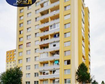 3-izb. byt s loggiou v relaxačnej zóne Sídliska III
