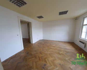 Komerčný priestor, ulica Horná Strieborná, Centrum, Banská Bystrica