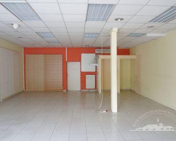 Prenájom - Obchodný priestor 85m2 s výkladom, Nitra- centrum