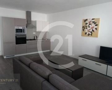 Prenájom 3 izbový byt v novostavbe v Nitre VEĽKÁ TERASA + GARÁŽOVÉ STÁTIE V CENE !