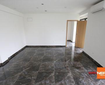 Prenajmeme menší obchodný priestor v Bratislave Novom Meste