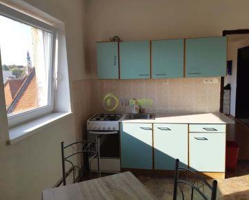 Prenájom 2i byt, Nitra - centrum