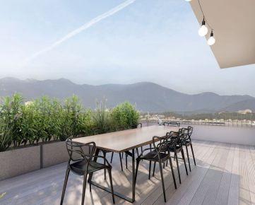 4i byt s terasou na najvyššom poschodí Zelené Vlčince  (C.808)