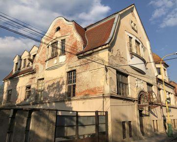 Exkluzívna historická budova v centre Lučenca