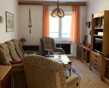 Predaj veľký 4 izbový byt, Anenská ulica, Bratislava I Staré Mesto
