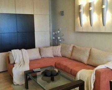 NA PRENÁJOM: Veľmi pekný, prerobený a kompletne zariadený 3 izbový byt