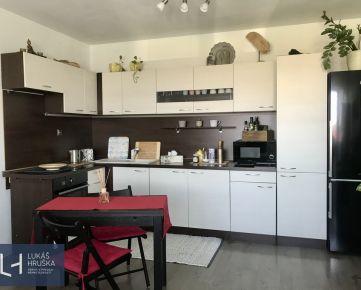 Príjmený zariadený 2-izb. byt v novostavbe s lodžiou, BEZ PROVÍZIE PRE RK