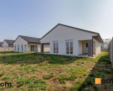 Moderný 4 izbový rodinný dom 143 m2 - bungalov NOVOSTAVBA skolaudovaná s pozemkom 580 m2
