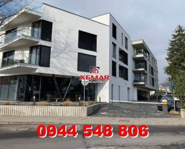 Predaj 1 izbový byt v novostavbe, centrum, Banská Bystrica.