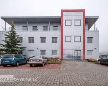 SVÄTÝ JUR, polyfunkčný objekt, 1120 m2 - POZEMOK 2246 m2, 40 parkovacích miest, NÍZKOENERGETICKÁ stavba