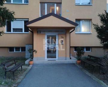 Veľký 3,5 izbový byt Prešov, Sekčov, ul. Exnárova 34