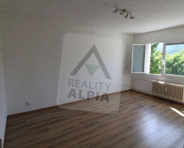 Predaj 2-izb. slnečný byt na Sídlisku v tichej lokalite