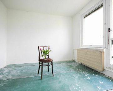1 izbový byt s balkónom (výhľad na priehradu)