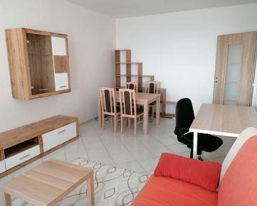 Na prenájom 2 izbový byt s 2 balkónmi, Bratislavská, Trnava