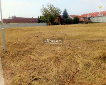HALO REALITY - Predaj, pozemok pre rodinný dom 955 m2 Trnava