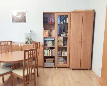 Rezervovaný !!! 2 izbový byt na začiatku Petržalky - Mamateyova ulica