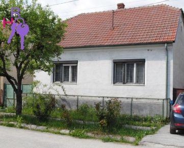 Na predaj 3 izbový rodinný dom v malebnej obci obklopenej Malými Karpatmi, Dobrá Voda, len 70 km od Bratislavy.