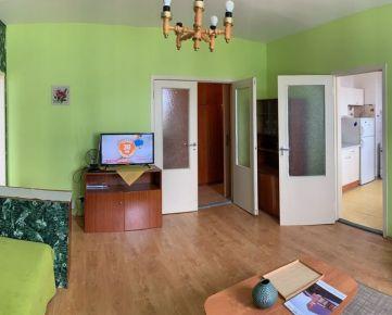 Prenájom 2-izb. byt Černyševského ulica, Bratislava - Petržalka.