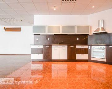 HLAVÁČIKOVÁ, 4-i byt, 295 m2 – najväčší byt v kategórii 4-i bytov, GARÁŽ, tichá lokalita