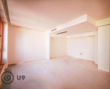 LUXUSNÉ BÝVANIE - 4 izbový mezonetový byt