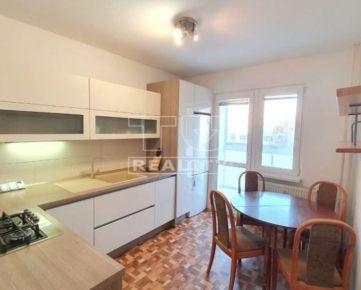 Predaj 4i bytu po čiastočnej rekonštrukcii, Banská Bystrica, 82,97 m2. CENA: 126 000,00 EUR