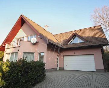 Krásny 5i rodinný dom s veľkou záhradou