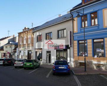Rodinný dom vhodný na bývanie aj podnikanie v centre Banskej Bystrice