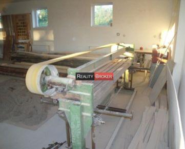 REALITY BROKER ponúka na prenájom priestory stolárskej dielne v Novej Dedinke
