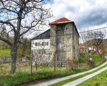 Chalupa v hodinovej veži PIARG, Banská Štiavnica