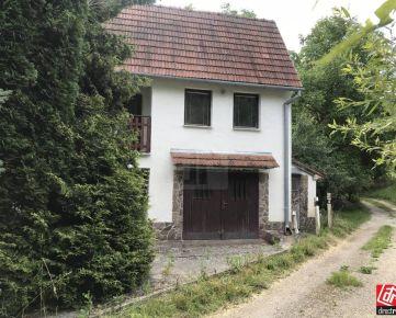 Direct Real - Na predaj rodinný dom s chatou a dvomi garážami v krásnom,tichom prostredí