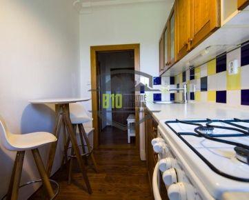 PRAKTICKÝ byt v žiadanej lokalite RUŽINOV - OSTREDKY