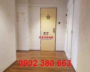 Na predaj 3 izb byt v centre BB