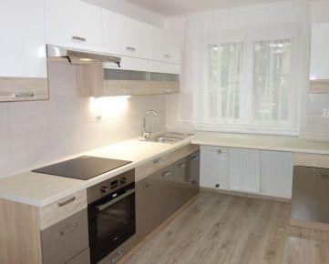 Komplet zrekonštruovaný 3-izbový byt 84 m2 + lodžia 5 m2 na Dlhých Honoch v Trenčíne