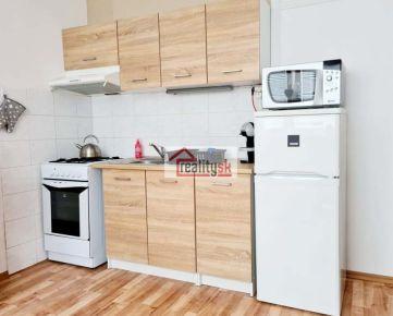 Prenájom , 1-izbový byt Nitra, Hlboká ulica, slnečný s balkónom